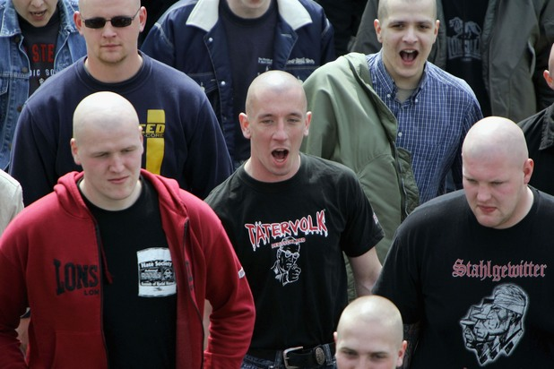 неонацисти