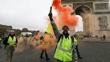 """протест на """"жълтите жилетки"""" срещу Макрон"""