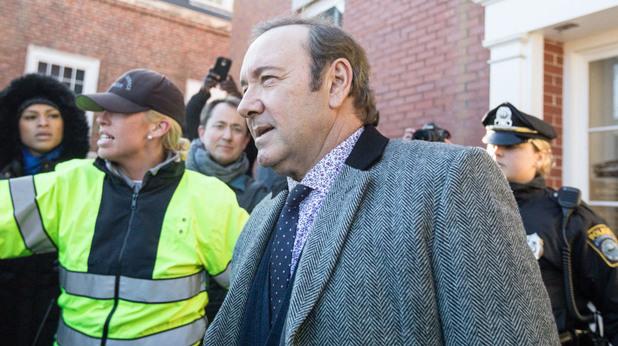 кевин спейси пред съда