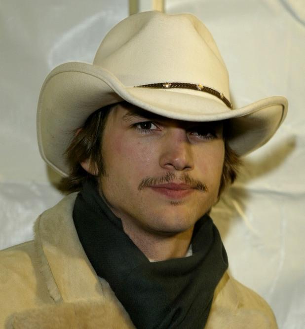 Аштън Къчър (2004)