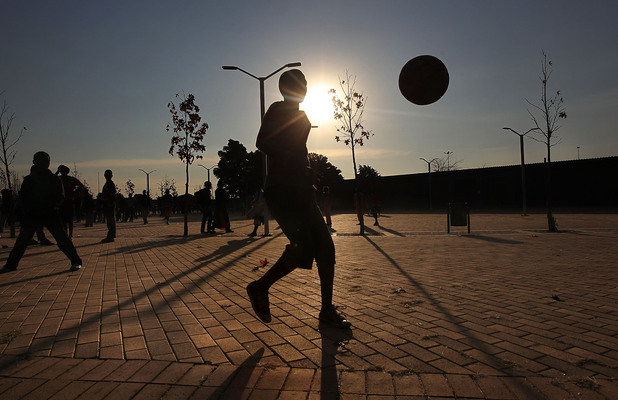 Уличен футбол