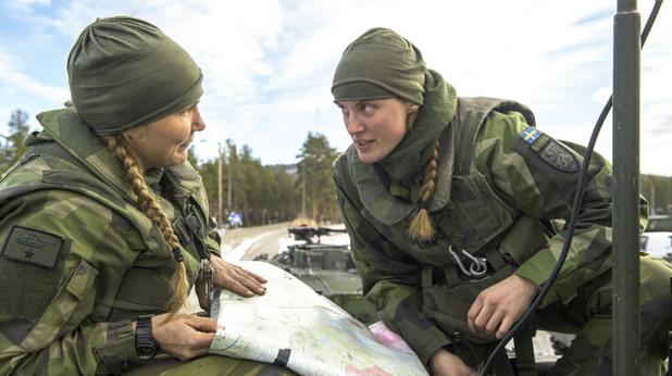 жени в шведската армия