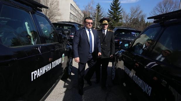 """Нови автомобили за """"Гранична полиция"""""""