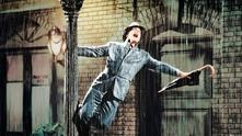 """""""Аз пея под дъжда"""""""
