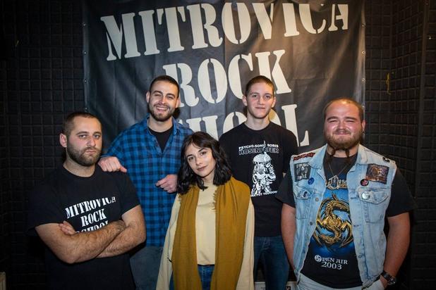Групата Proximity Mine от Рок училището на Митровица
