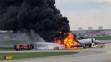 изгорял самолет