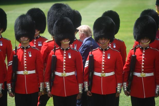Тръмп при кралицата