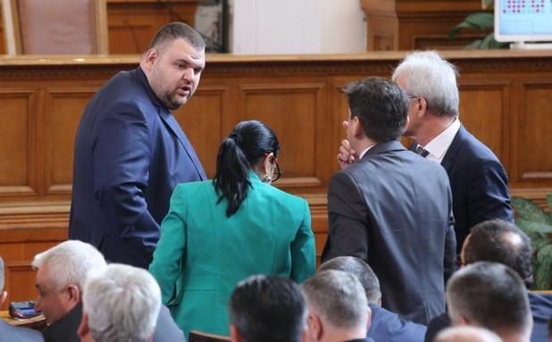 Делян Пеевски в парламента