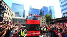 """Победното шествие на """"Торонто Раптърс"""" след спечелването на купата в NBA"""